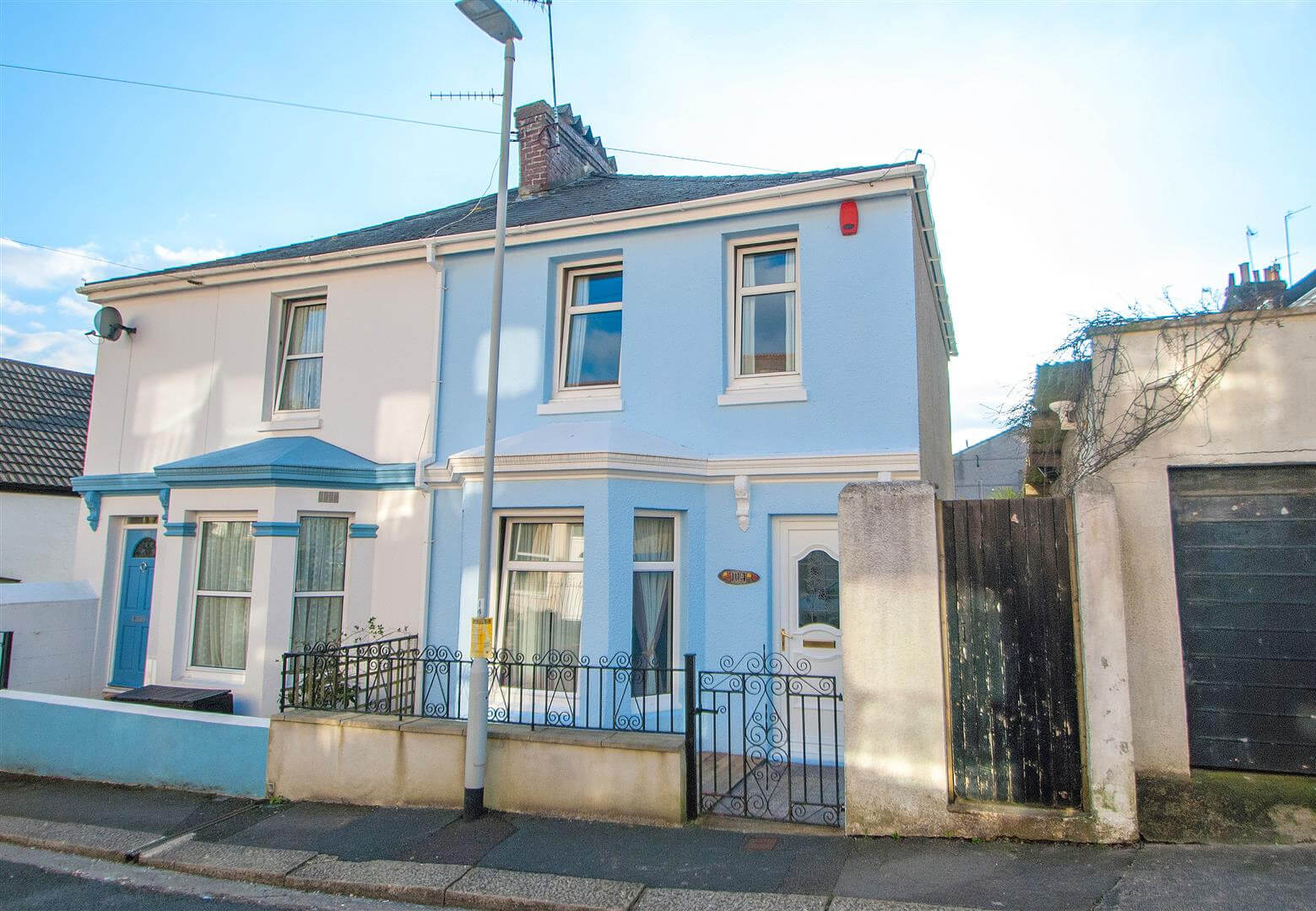 Cross Keys Estate Agents Featured Sales Property