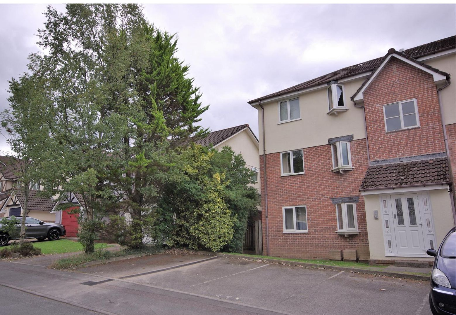 Cross Keys Estate Agents Featured Rental Property